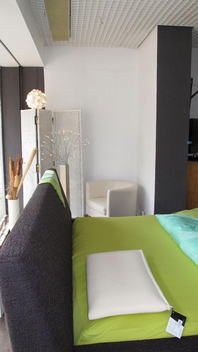 wasserbetten schlafoase h nig im neuen look schlafoase h nig. Black Bedroom Furniture Sets. Home Design Ideas